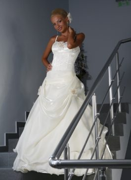 Bridal dress collection 827