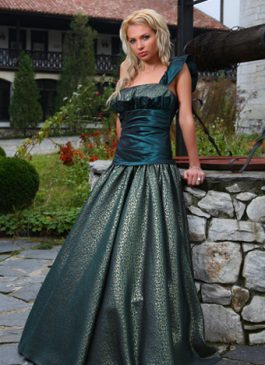 Evening gown 530