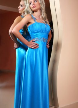 Evening gown 586