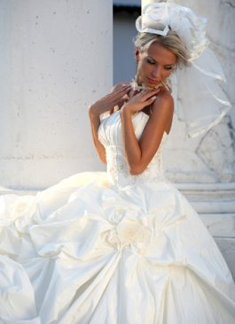 Bridal dress collection 2012