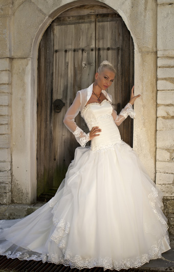 Bridal dress ws13f23