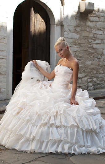 Bridal dress ws13f24