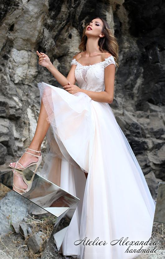 Bridal dress Breeze