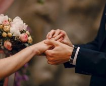 Организиране на идеалното моминско парти, сватбени рокли, булчински рокли